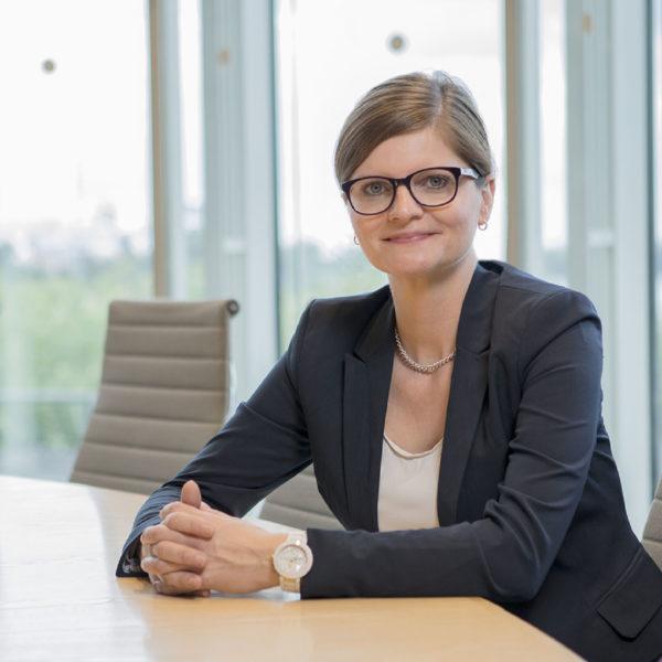 """PM: Sarah Philipp: """"Laschet muss liefern – Verbraucherschutz statt Schmusekurs mit der Auto-Industrie"""""""