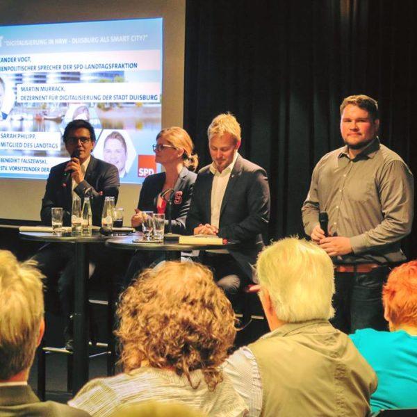 """Studio 47: Sarah Philipp im Interview zur DiskutierBar """"Digitalisierung in NRW – Duisburg als Smart City"""