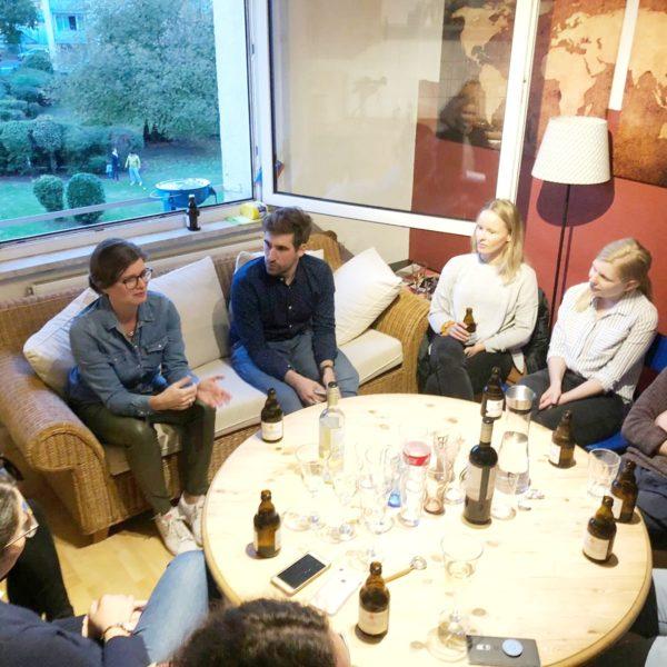 WAZ: Wohnzimmergespräch zum studentischen Leben in Duisburg