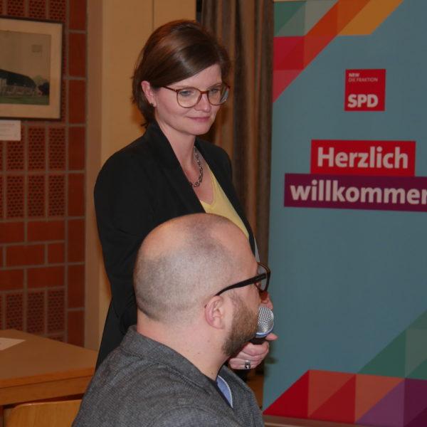 Diskussion in Duisburg über frühkindliche Bildung